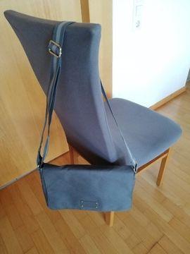 Tasche GIVENCHY: Kleinanzeigen aus Dornbirn - Rubrik Taschen, Koffer, Accessoires