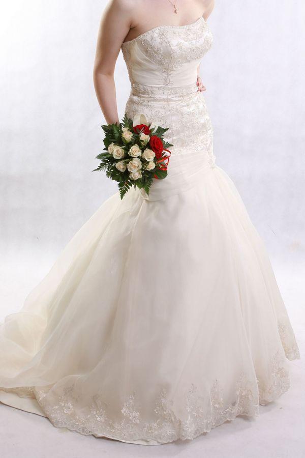 Brautkleid, Hochzeitskleid, 38 Größe, ivory. Gebraucht in München ...