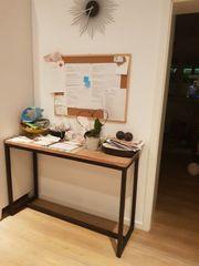 Ablage Tisch
