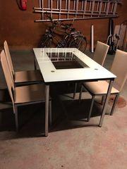Besprechungstisch mit 5 Stühlen