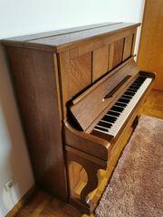 Klavier von KAIM - sehr gut