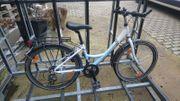 24 Fahrrad Hellblau Weiß 21