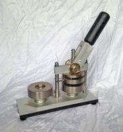 Badgematic Buttonmaschine