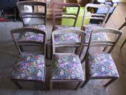 Oma s antike Stühle