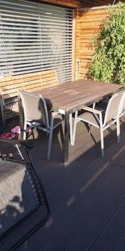 Gartentisch Bank und Stühle