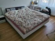 Bettgestell 180x200 mit 2 Nachttischchen