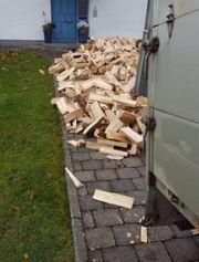 heimisches Brennholz mit Lieferservice