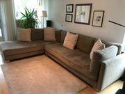 Couch und Zubehör