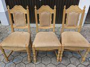 3 massive Holzstühle gepolstert