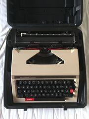 Reise Schreibmaschine Privileg 320 TR
