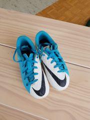 Nike Skin Fußballschuhe Gr 30