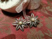 Silberdraht Brosche mit zwei Blüten