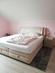 Doppelbett mit Nachtschänke elektrisch Höhenverstellbar