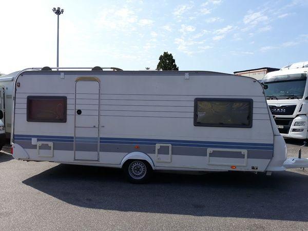 Wohnwagen Hobby Excellent 540 UL