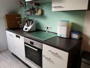 Marken Küche mit Geräten zu