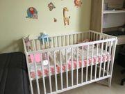 Kinderbett variabel montierbar