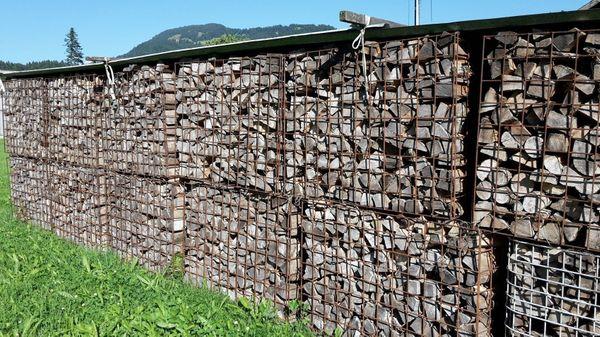 Trockenes Buchen Brennholz