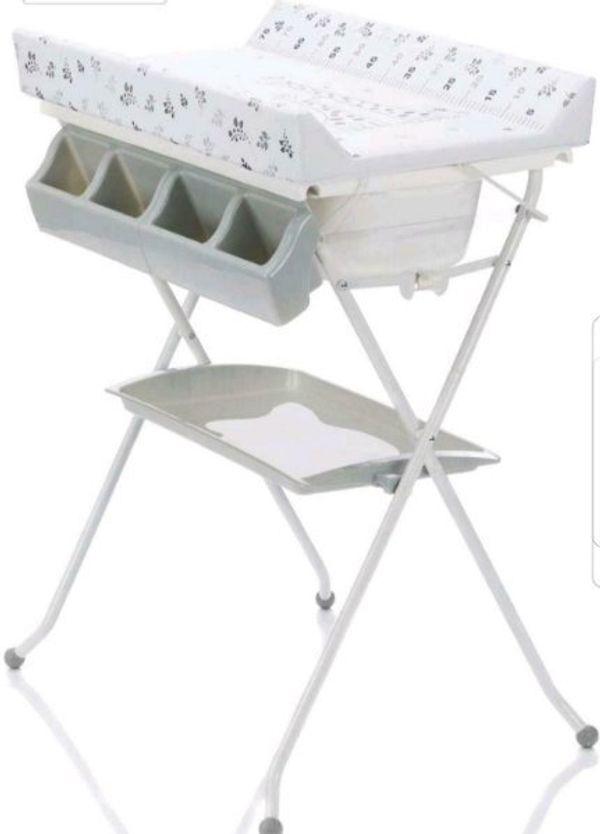 2in1 Wickeltisch und Badewanne Kombi