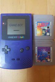 Game Boy Color in Blau