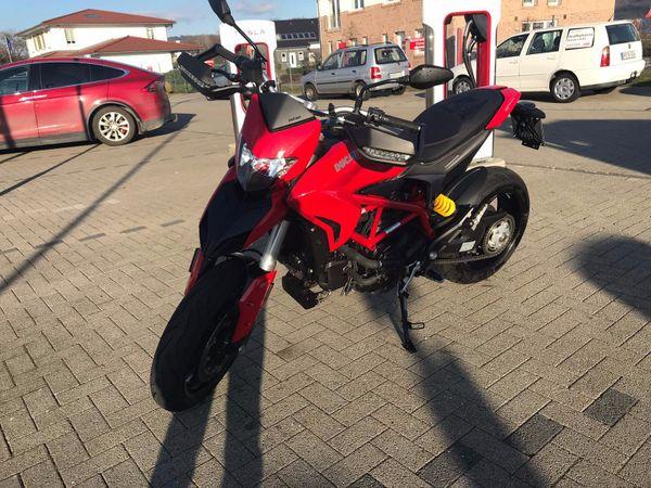 Ducati 939