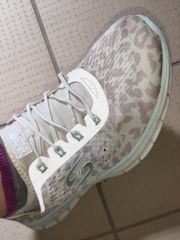 Getragene Arbeitsschuhe Sneaker