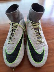 Fußballschuhe mit Sock Gr 44