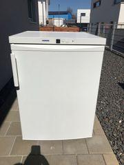 Liebherr Kühlschrank Standgerät gebracht