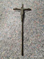 altes großes Jesuskreuz Kruzifiz aus