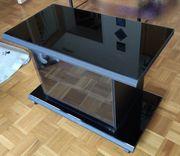Schwarzer TV-Tisch