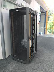 2 HP Serverkasten zu verkaufen