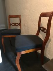 Biedermeier Tisch Stühle Vitrine