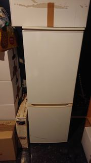 Kühlschrank mit 2 Gefrierschüben