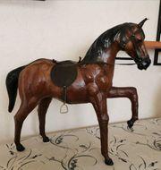 Naturgetreues Pferd
