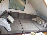 Couch Landschaft in grau