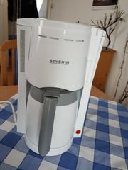 Filterkaffee Maschine mit Thermokanne