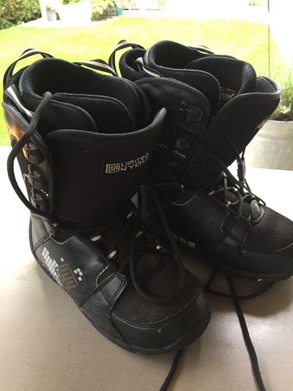 Verkaufe Snowboard Schuhe in schwarz