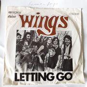 Vinyl Single Wings Letting Go