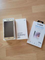 Samsung Galaxy A5 2017 goldfarben
