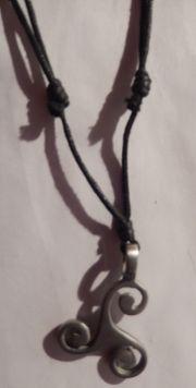 Anhänger Halskette Modeschmuck mit Textilband