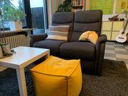 Hochwertige 2-sitzer Couch 1 Jahr