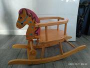 Schaukelpferd Reittier Reitpferd aus Holz