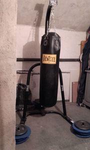 Boxsack mit Gestell und Gewichten