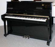 Klavier Ritmüller U 115 T