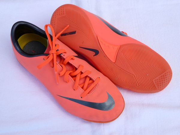 Fußballschuhe Nike Jr. Support Mercurial Gr. 33 orange