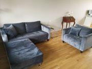 Sofa-Garnitur aus Samt modern und