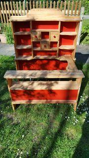 Kaufladen aus Holz