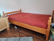 Bett aus Eichenholz inkl Lattenrost