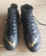 Nike Mercurial Fussballschuh Gr 40