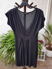 Neuwertiges schwarzes schlicht-schönes Sommerkleid von