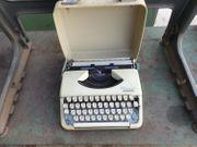 Reiseschreibmaschine Schreibmaschine Olympia Splendid 66